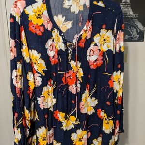 Old Navy Floral Navy Blouse